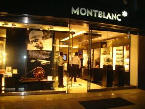 House of Monc Blanc